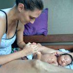 #7 Babymassage; een moment van rust, verbinding en thuiskomen